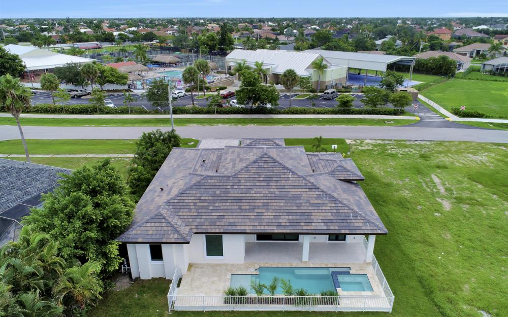 140 Sand Hill St Marco Island - Home For Sale 204126569