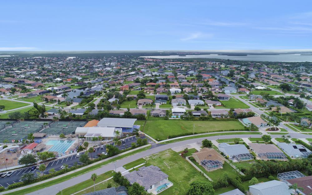 140 Sand Hill St Marco Island - Home For Sale 1461646318
