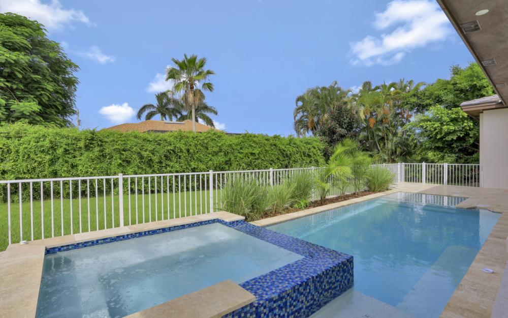 140 Sand Hill St Marco Island - Home For Sale 810663627