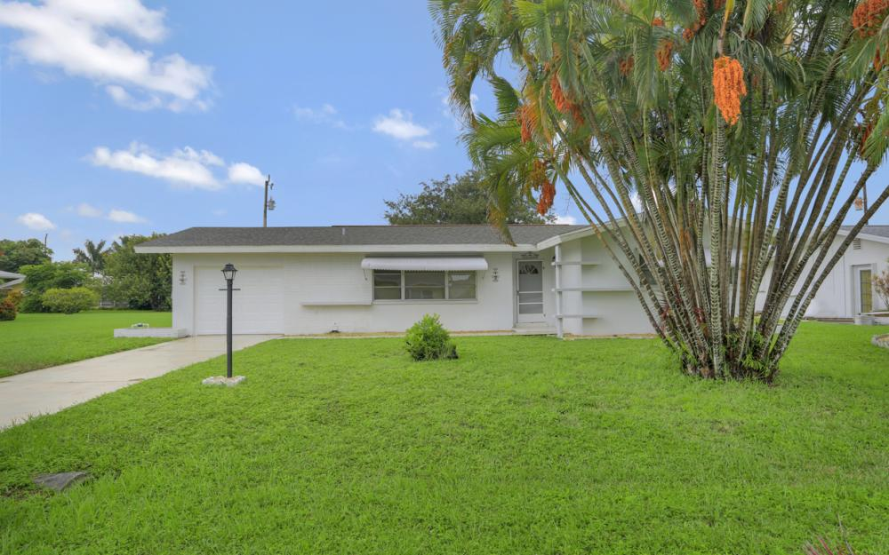 5207 Rutland Ct , Cape Coral - Home For Sale 680248502