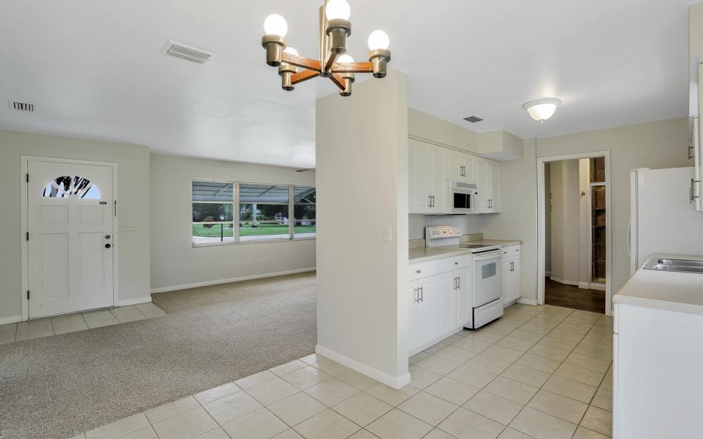 5207 Rutland Ct , Cape Coral - Home For Sale 816192368