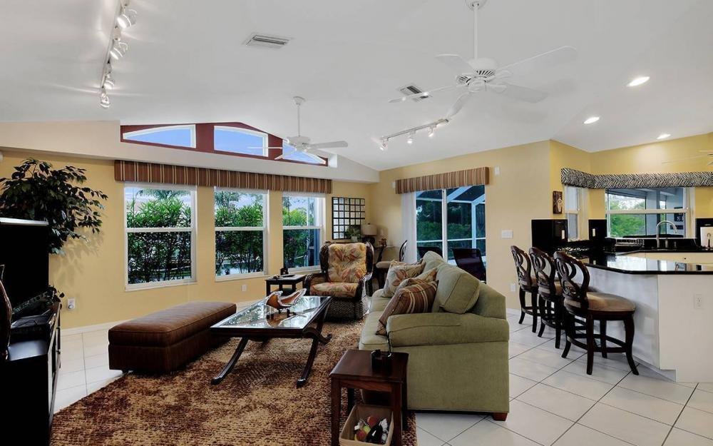 1732 SW 40th Ter, Cape Coral - House For Sale 1083824999