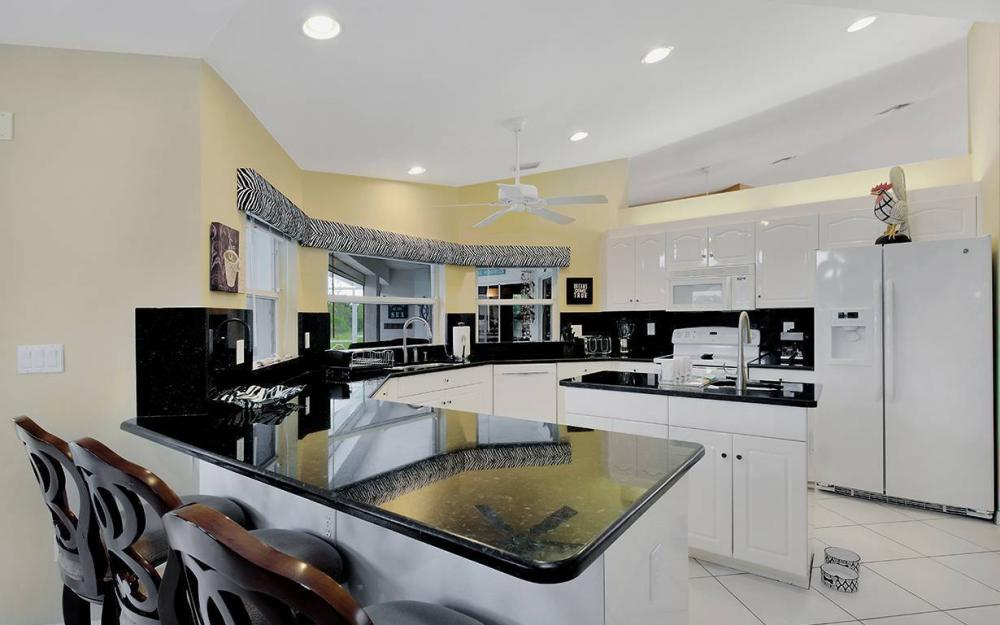 1732 SW 40th Ter, Cape Coral - House For Sale 851427499