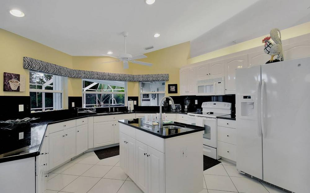 1732 SW 40th Ter, Cape Coral - House For Sale 2082361248