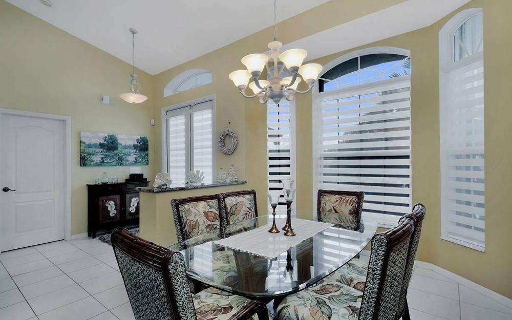 1732 SW 40th Ter, Cape Coral - House For Sale 1522102560