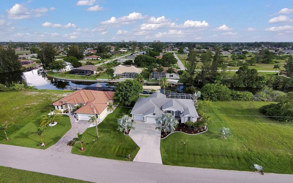 1732 SW 40th Ter, Cape Coral - House For Sale 514789036