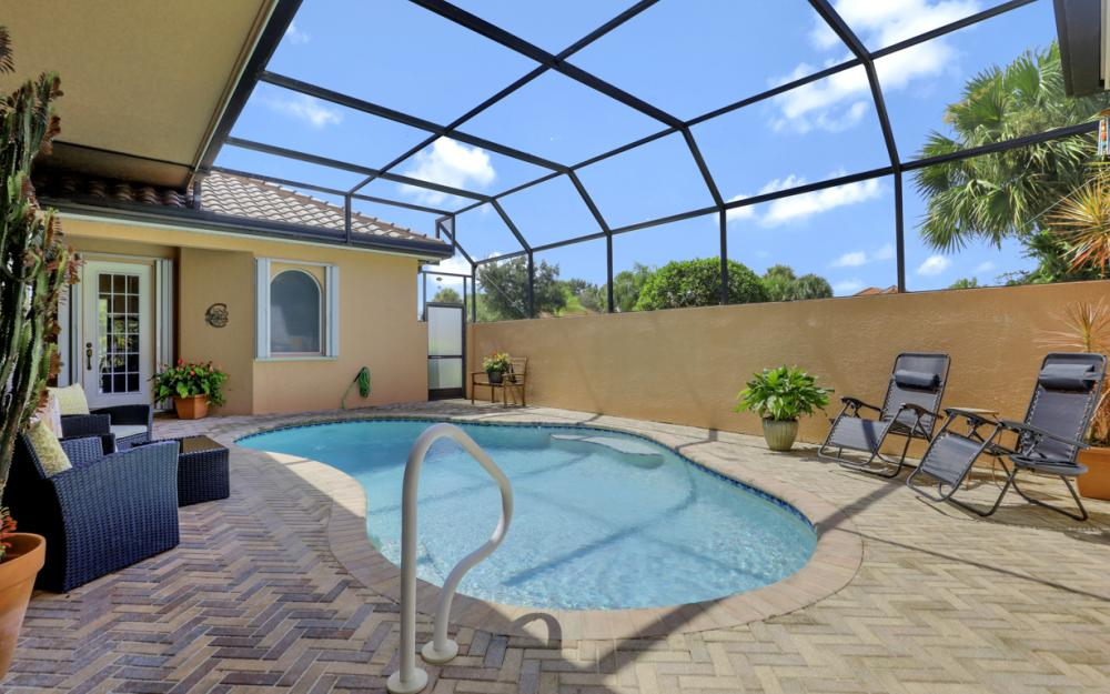 6254 Ashwood Ln, Naples - Home For Sale 331531470