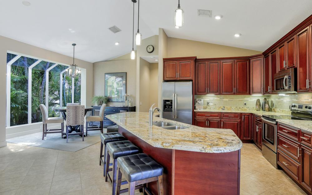 20 Winewood Ct, Fort Myers - Home For Sale 521818429