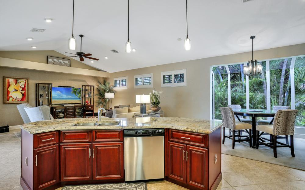 20 Winewood Ct, Fort Myers - Home For Sale 2095359758