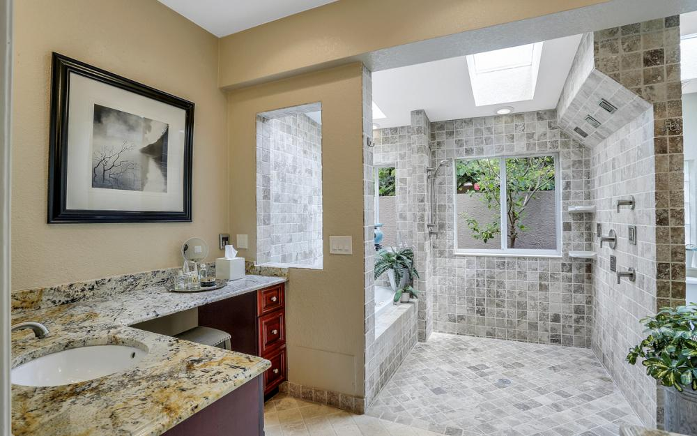 20 Winewood Ct, Fort Myers - Home For Sale 72796451
