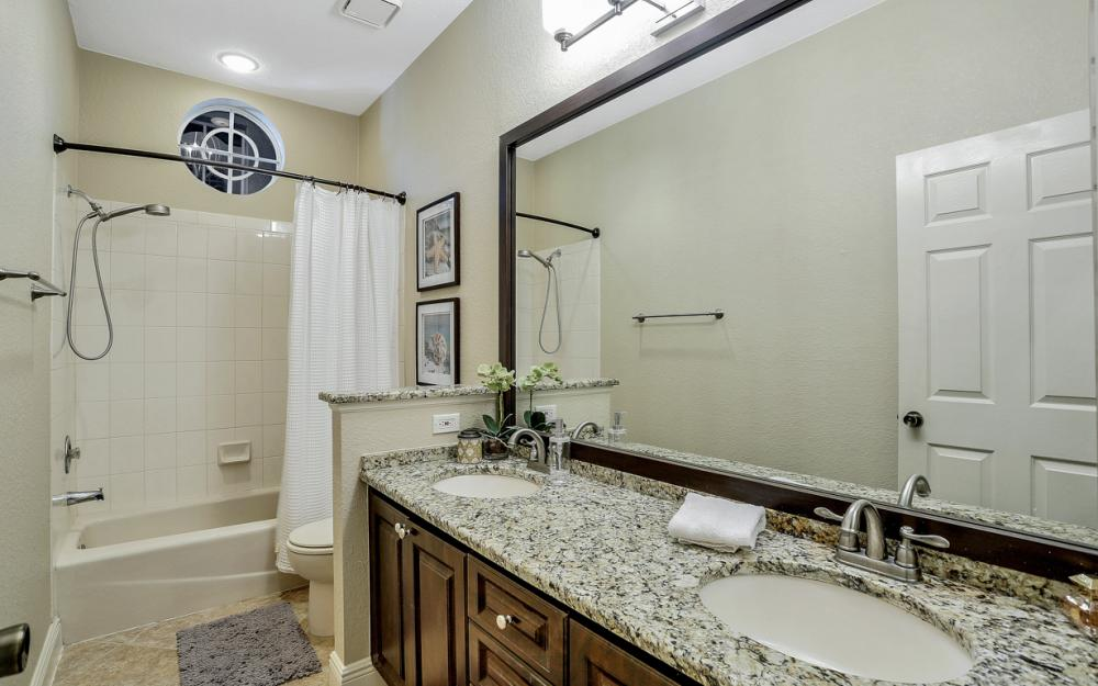 20 Winewood Ct, Fort Myers - Home For Sale 1806167000
