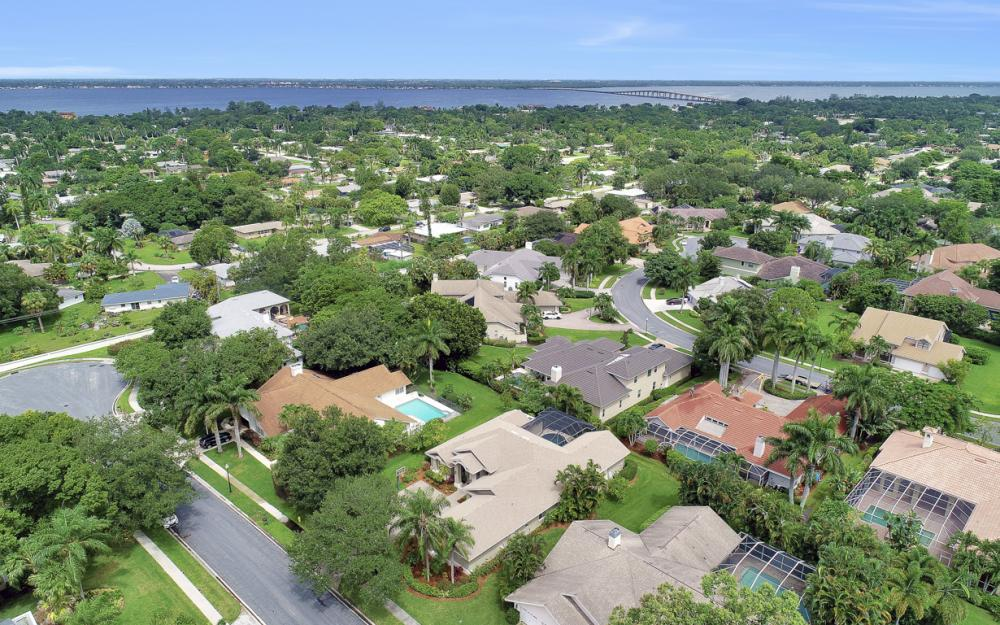 20 Winewood Ct, Fort Myers - Home For Sale 2131609977