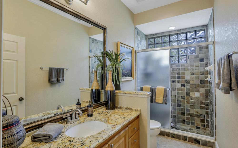 20 Winewood Ct, Fort Myers - Home For Sale 1261735535
