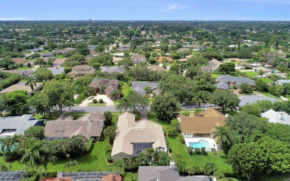 20 Winewood Ct, Fort Myers - Home For Sale 1767167387