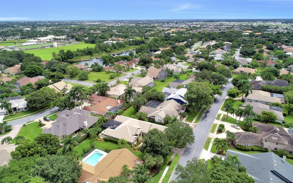 20 Winewood Ct, Fort Myers - Home For Sale 491213422