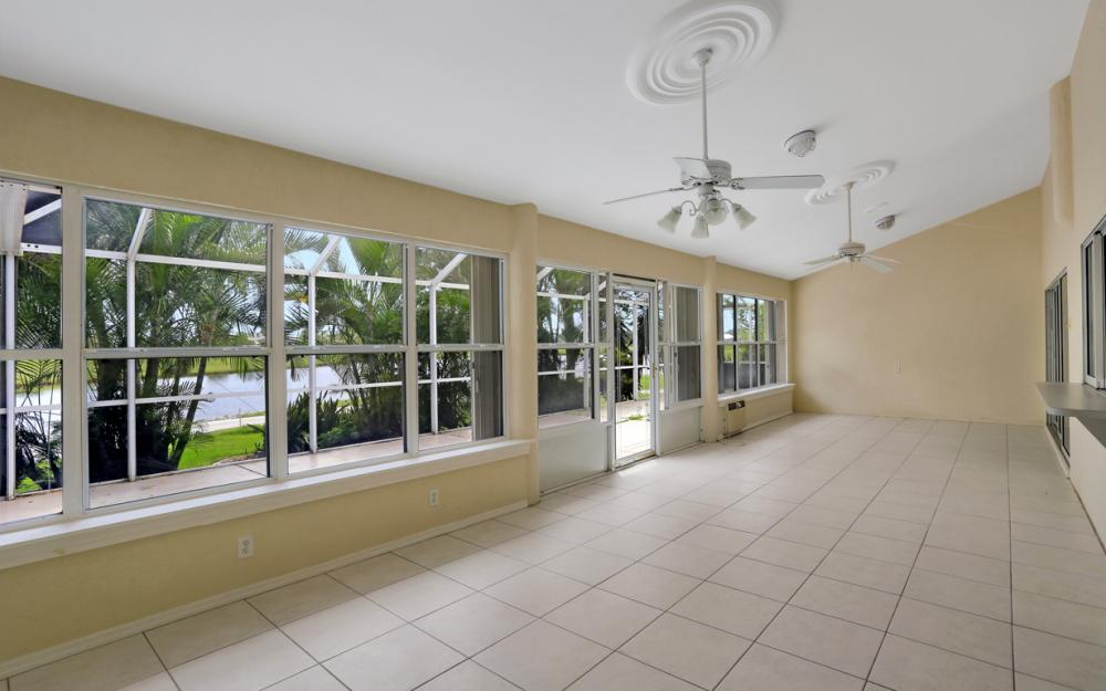 11863 King James Ct, Cape Coral - Home For Sale 142281967