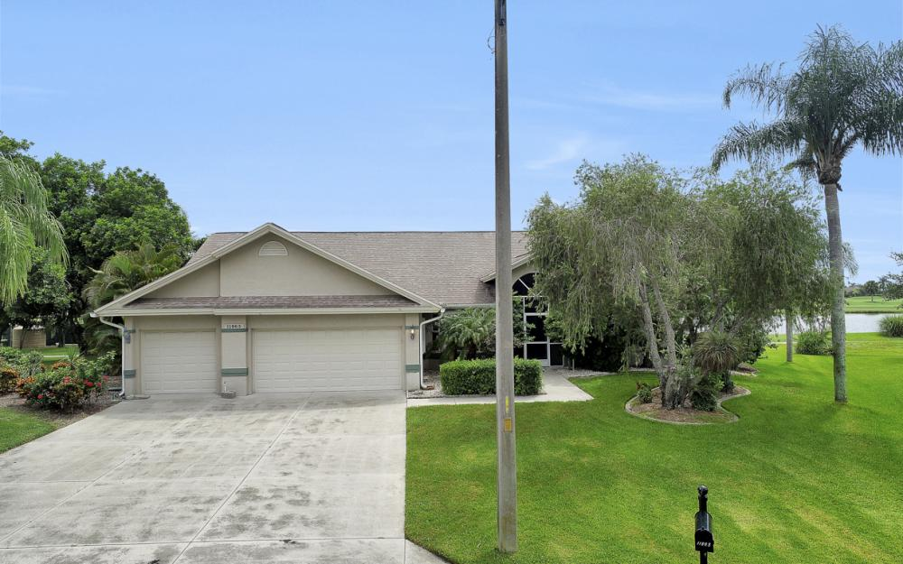 11863 King James Ct, Cape Coral - Home For Sale 1130342284