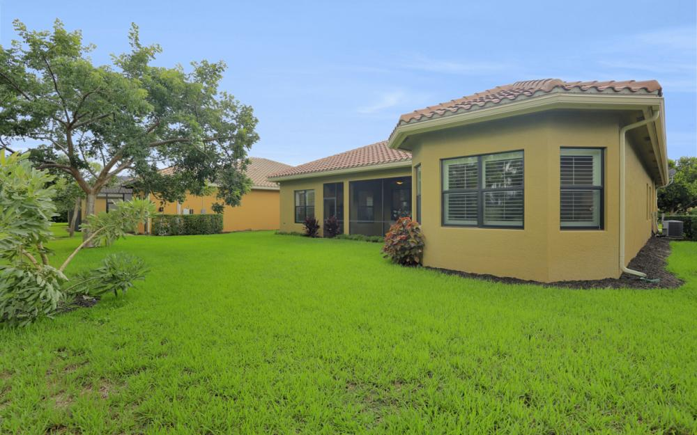3884 Gibralter Dr, Naples - Home For Sale 359260339