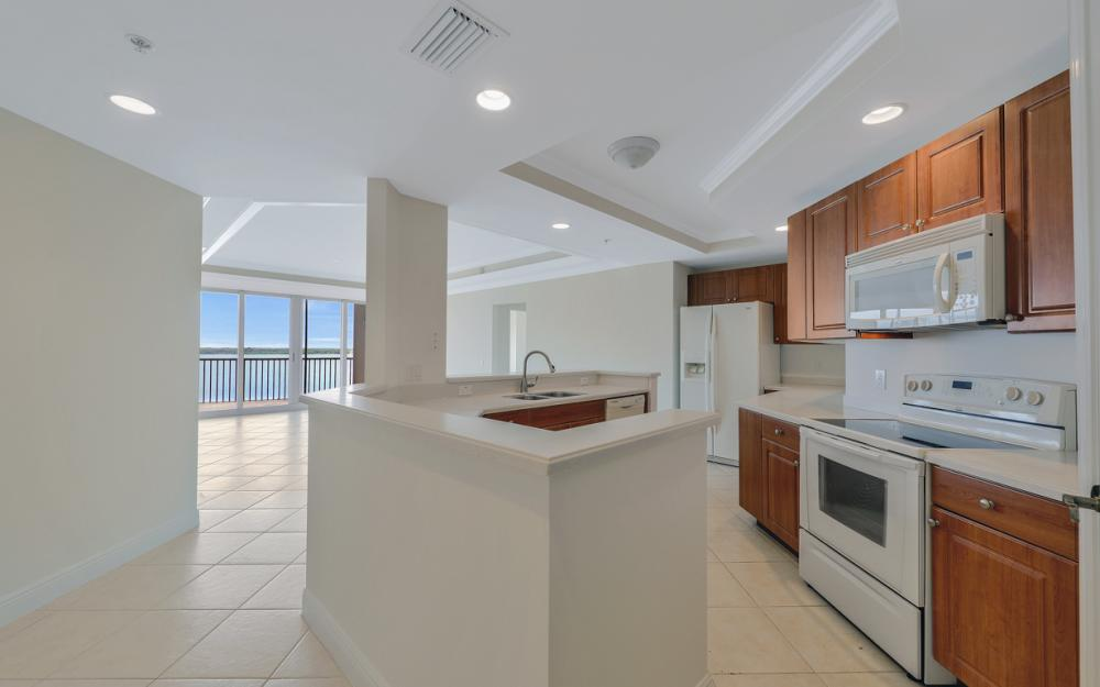 2745 First St #1004, Fort Myers - Condo For Sale 582918735