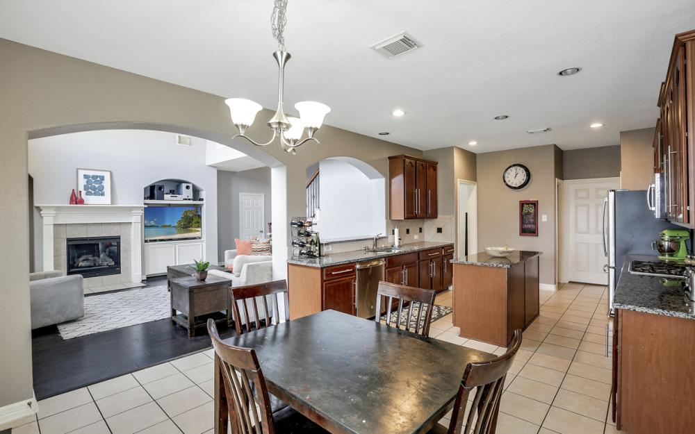 11903 Auburn Trail Ln, Pearland - Home For Sale 568043857