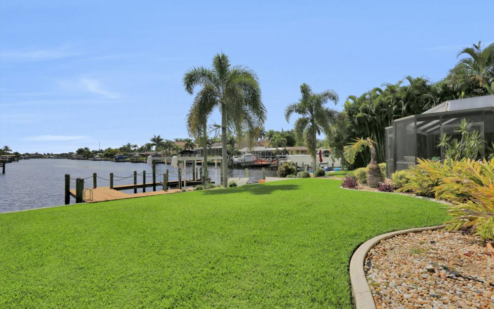 5353 Bayshore Ave Cape Coral - Home For Sale 1621336755