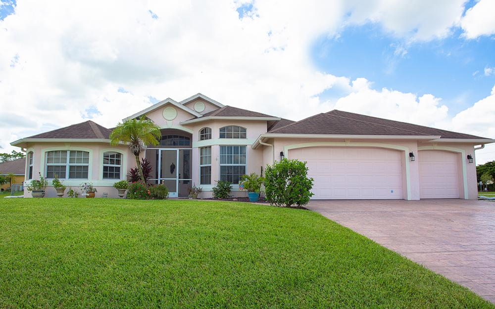 2334 SW Trafalgar Pkwy, Cape Coral - Home For Sale 1597196857
