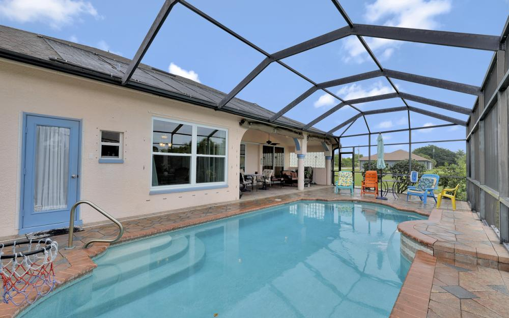 2334 SW Trafalgar Pkwy, Cape Coral - Home For Sale 236736103