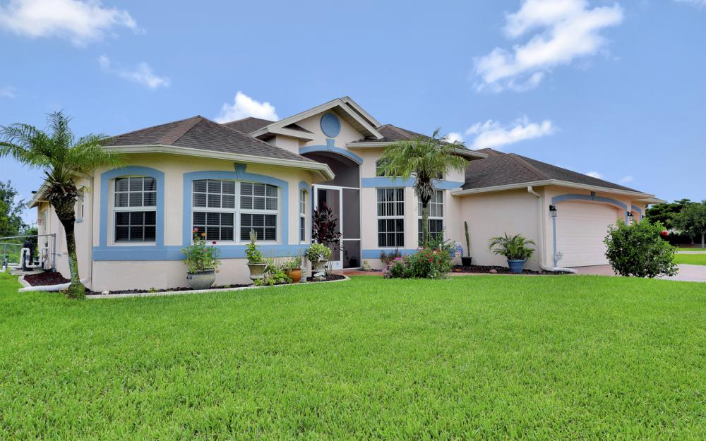 2334 SW Trafalgar Pkwy, Cape Coral - Home For Sale 1673017398
