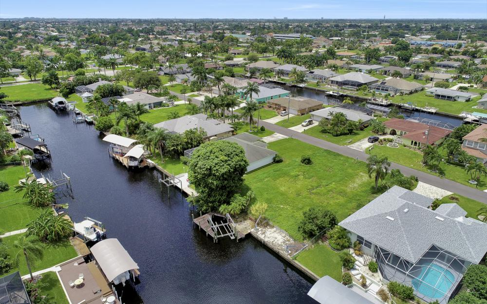 3333 SE 17th Pl, Cape Coral - Lot For Sale 2106341248