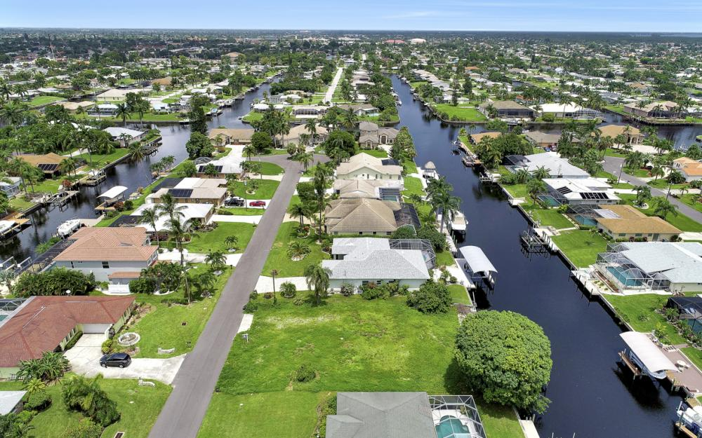 3333 SE 17th Pl, Cape Coral - Lot For Sale 1068193749