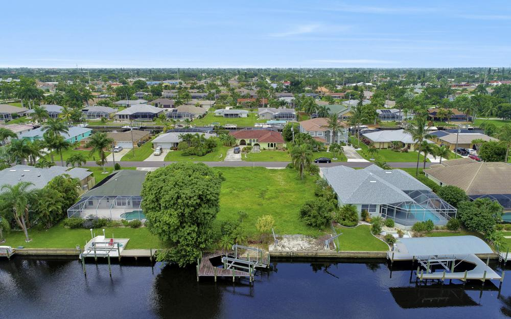 3333 SE 17th Pl, Cape Coral - Lot For Sale 465942264