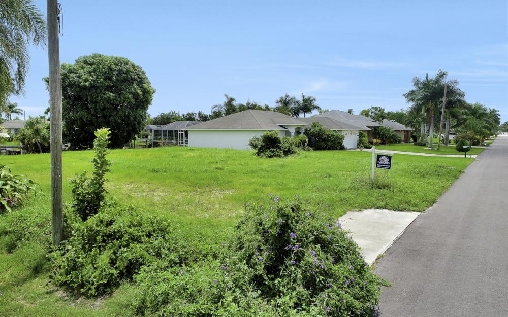 3333 SE 17th Pl, Cape Coral - Lot For Sale 229477982