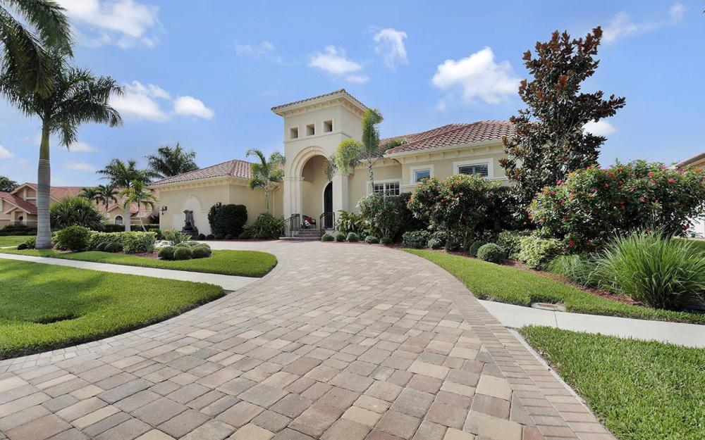 1881 Cascade Ct, Marco Island - House For Sale 813145655