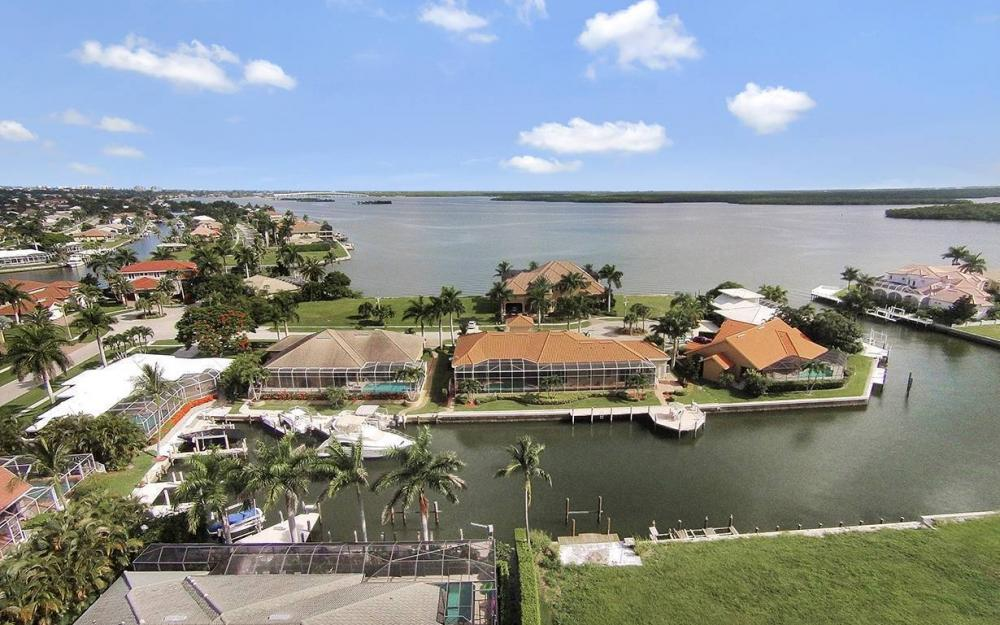 1881 Cascade Ct, Marco Island - House For Sale 988045623