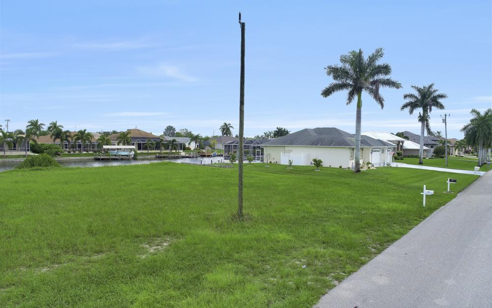 1515 SW 51st St, Cape Coral - Lot For Sale 117473004