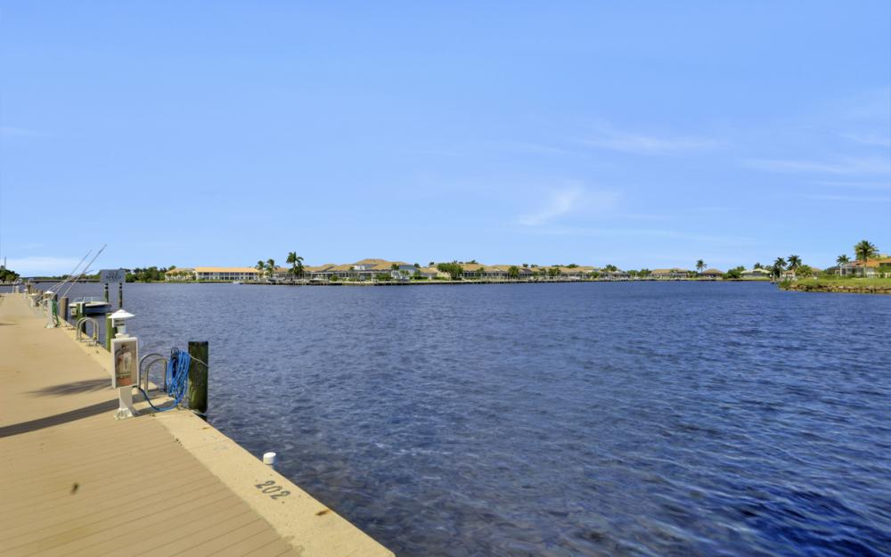 253 Sunrise Cay, Naples - Home For Sale 117781947