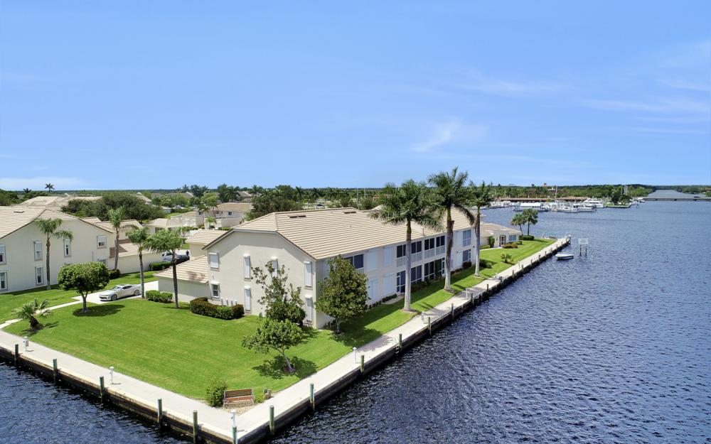 253 Sunrise Cay, Naples - Home For Sale 1180179314