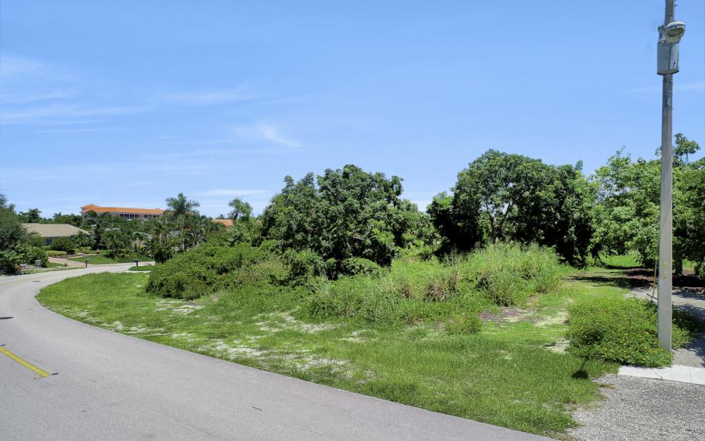 1851 Dogwood Dr, Marco Island - Lot For Sale 1910670078