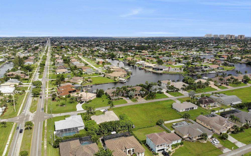 4805 SW 24th Ave Cape Coral - Home For Sale 2031289984