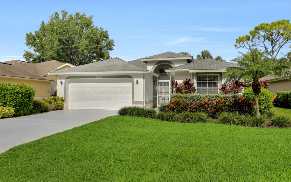 21016 Oxbow Bnd, Estero - Home For Sale 1105840587