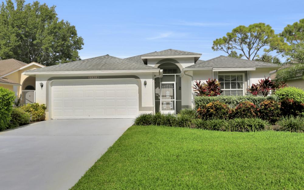 21016 Oxbow Bnd, Estero - Home For Sale 249649449