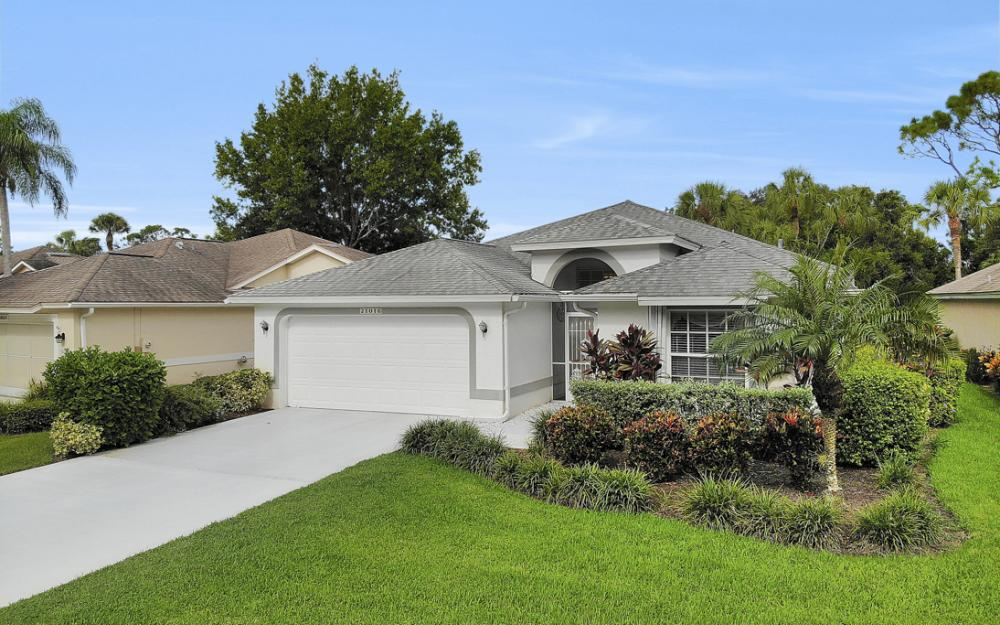 21016 Oxbow Bnd, Estero - Home For Sale 704665665