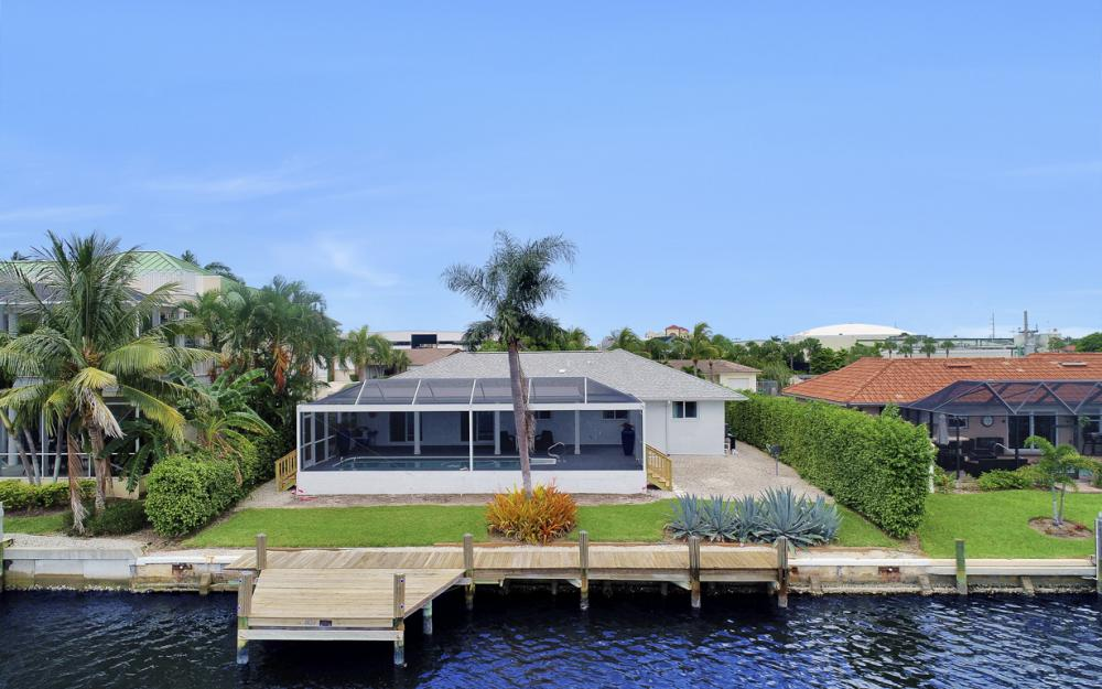 807 Rose Ct, Marco Island - Home For Sale 209256433