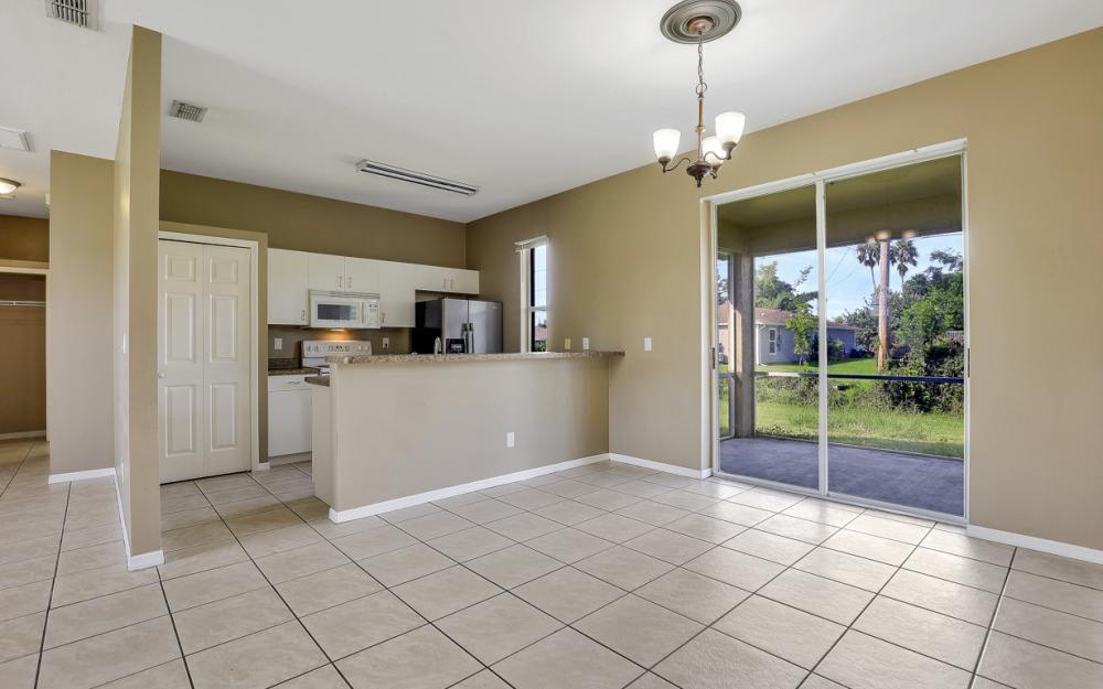 18480 Sunflower Rd Fort Myers - Home For Sale 51173028