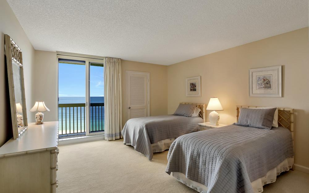4901 Gulf Shore Blvd N #1004 - Condo For Sale 1929599500