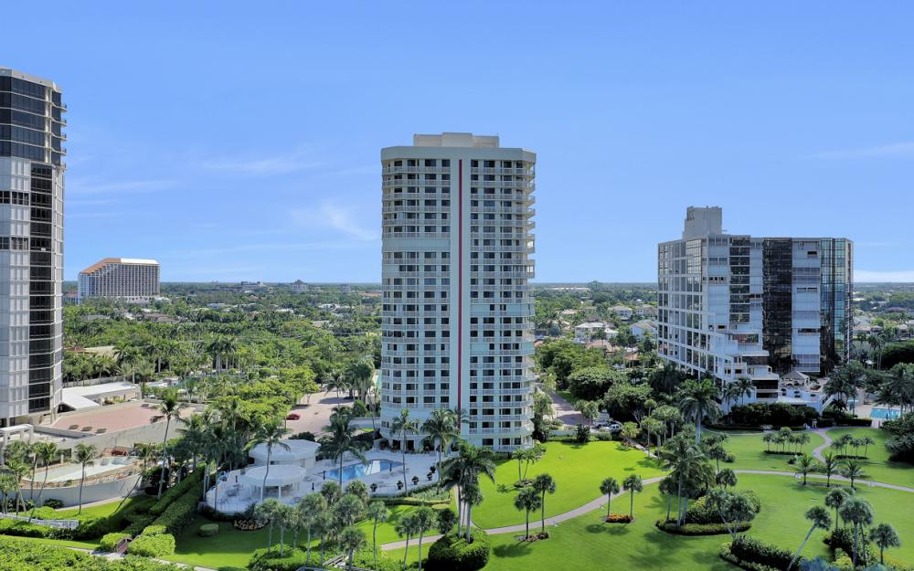 4901 Gulf Shore Blvd N #1004 - Condo For Sale 1274311049