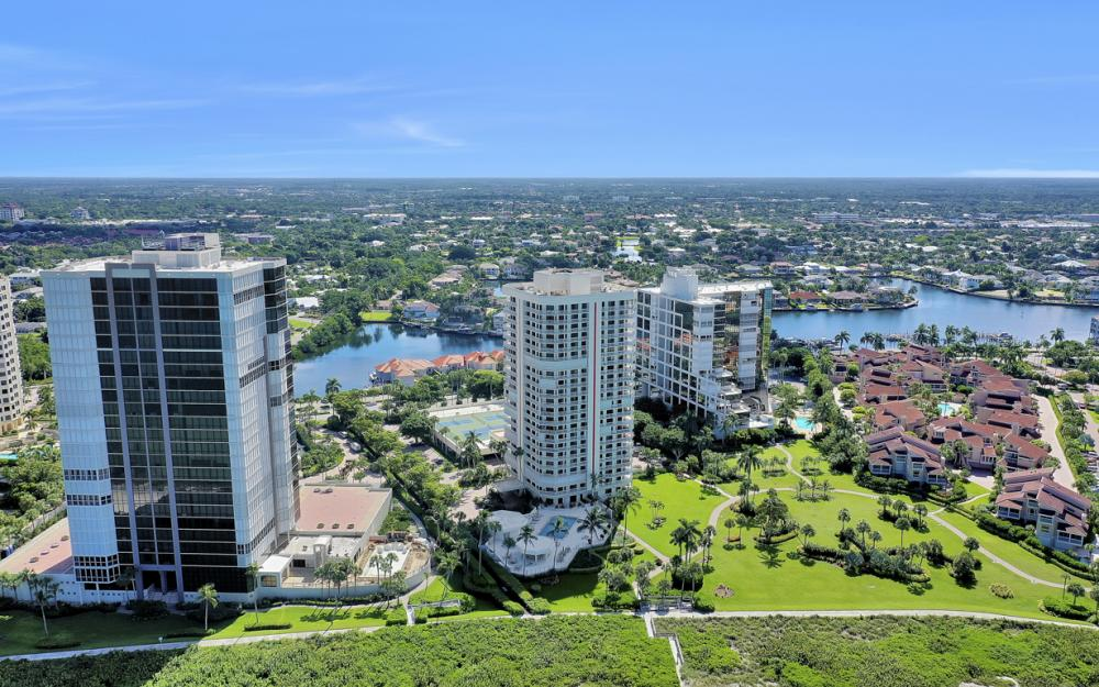 4901 Gulf Shore Blvd N #1004 - Condo For Sale 304903391