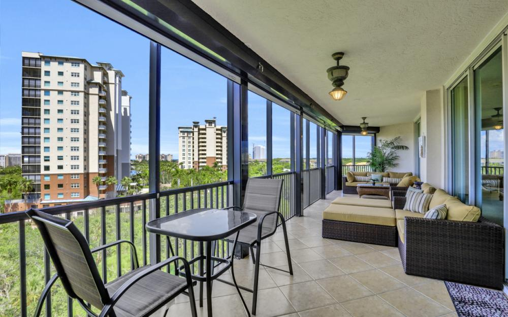 445 Cove Tower Dr #704, Naples - Condo For Sale 2020841842