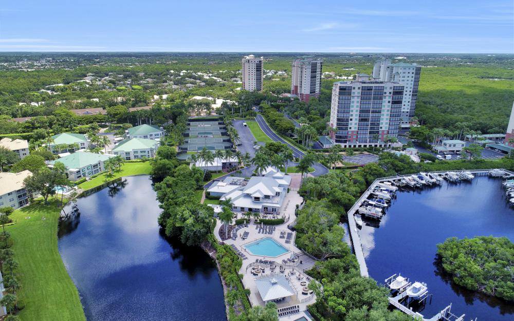 445 Cove Tower Dr #704, Naples - Condo For Sale 471762625