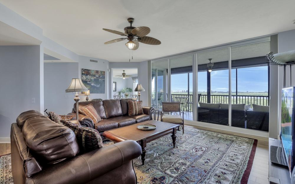 445 Cove Tower Dr #704, Naples - Condo For Sale 548006085